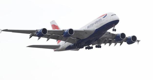 紧随美国脚步?英国也禁止携带电子设备登机 针对这6国