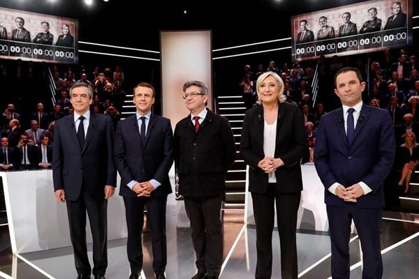 法国举行总统选举候选人首次电视辩论(组图)