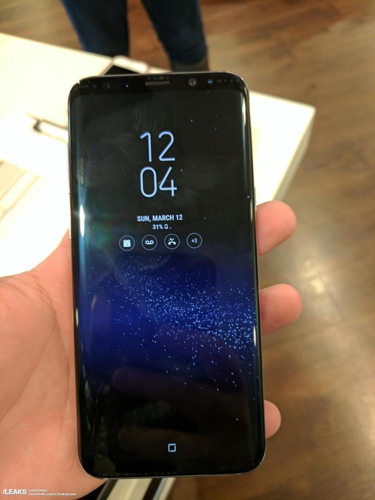 三星S8真机曝光:和红色iPhone 7比你会买谁?