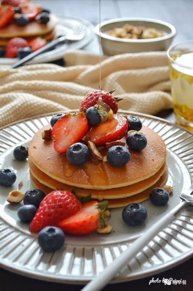 晒早餐   煎不好pancake,那是因为你没学会这一招!