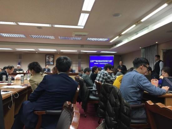 """国民党排案审查""""两岸监督条例"""" 民进党上演"""