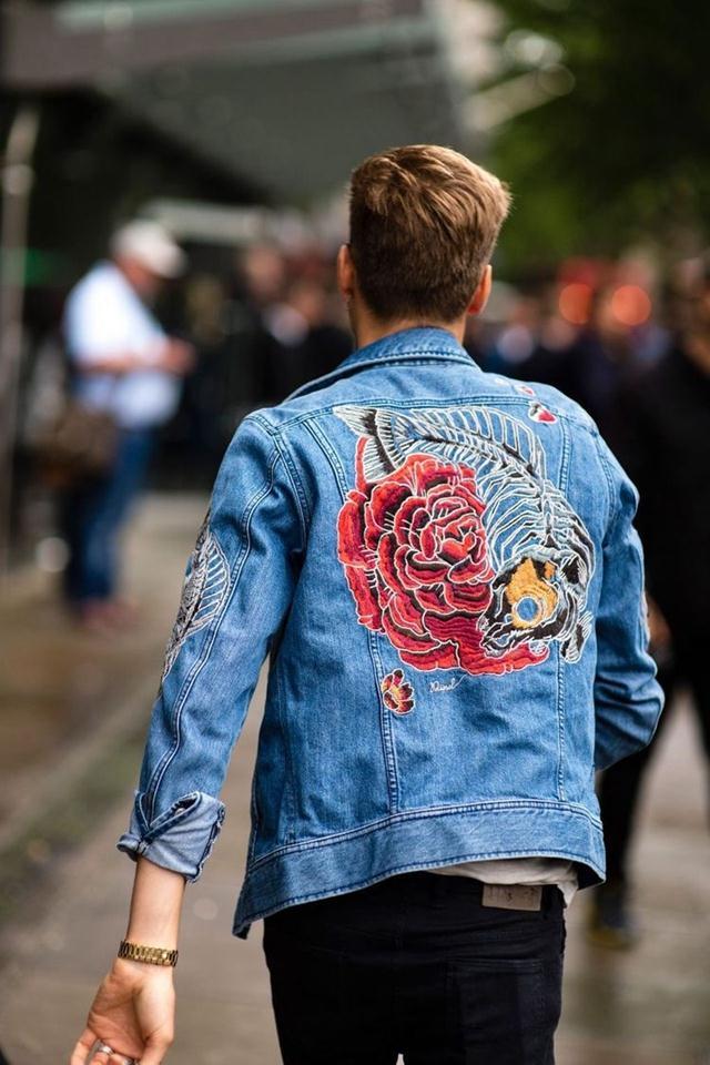有了这4件外套 就能让姑娘在人群中多看你一眼