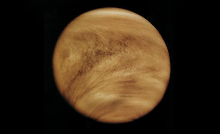 金星为什么这么亮?站在金星的表面是啥感觉?