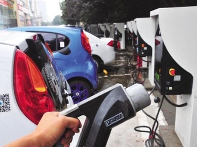 北京拨付首批新能源车补贴5.2亿 市场回暖