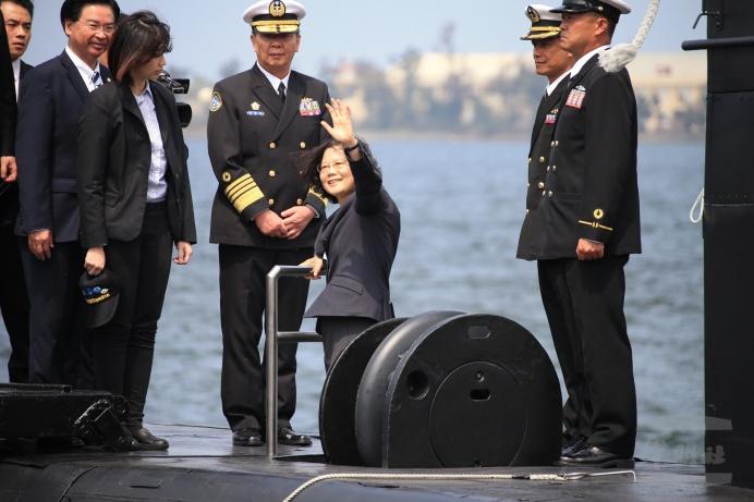 台湾自造潜艇缺钱缺技术 可能连壳体都难完成