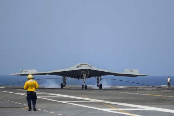 美国海军首型航母舰载无人机为何是加油机