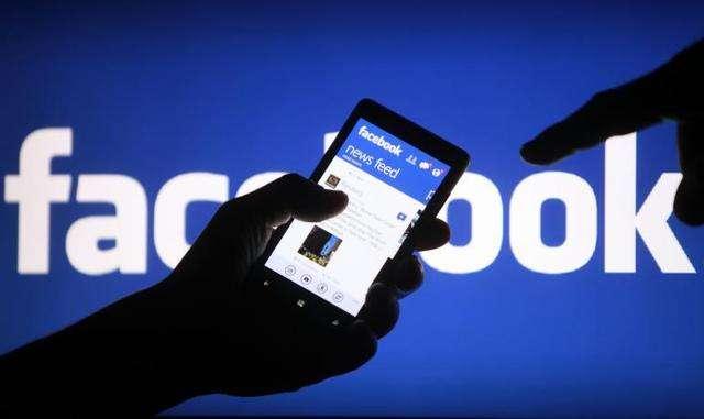 Facebook正开发四款消费级硬件 包括AR相机和无人机