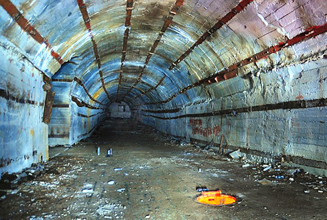 苏联潜艇废弃藏身处曝光 或再启用