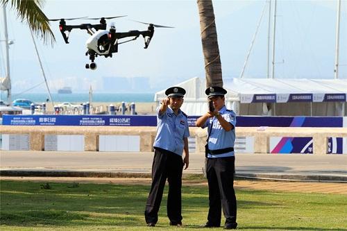 三亚警方无人机反制枪正式投入使用