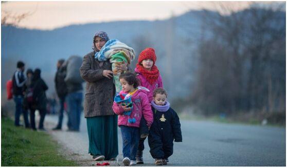 """希腊拒绝接收从欧盟国家""""回流""""难民 称无法承受"""