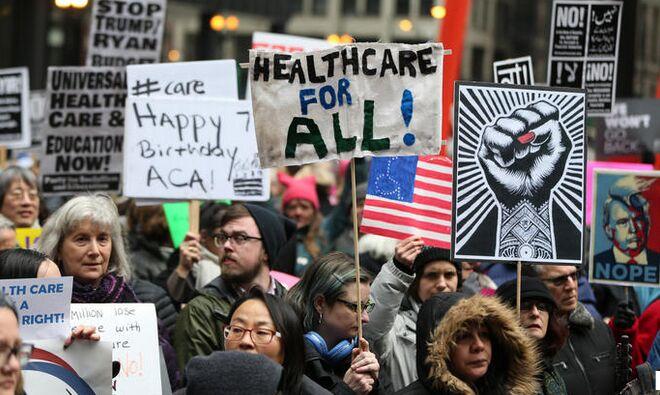 数百名奥巴马医保支持者集会 抗议国会废除该法案举动