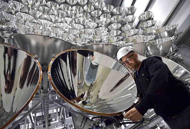 德国启动世界最大人工太阳 可产生1万倍的人工太阳