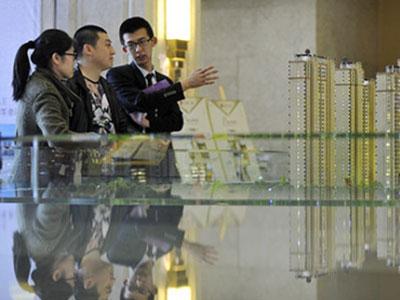 中国楼市调控加码扩围 一个月内20余城出新政
