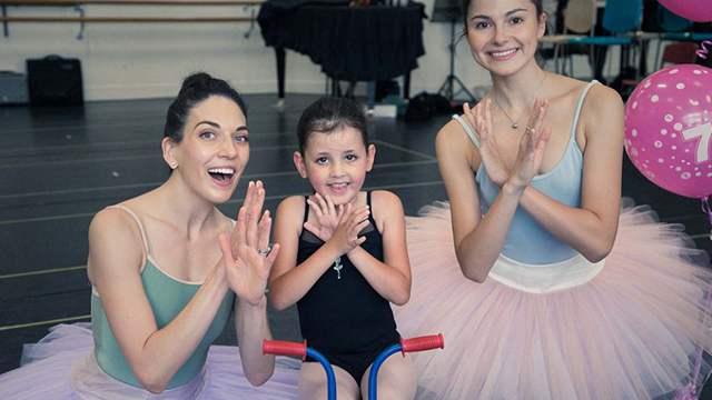 肌肉萎缩女孩实现芭蕾梦