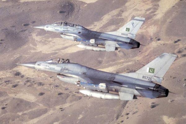 美媒力劝印度引进F16战机:可对巴基斯坦禁售
