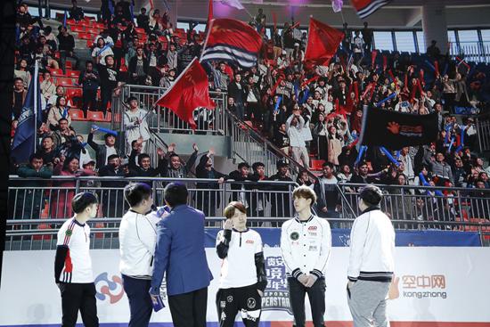 LGD对战高校冠军 校园电竞掀热潮