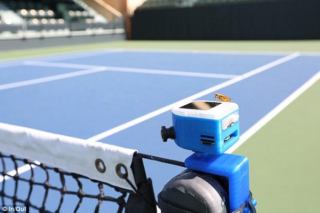 """网球机器人成""""裁判"""""""