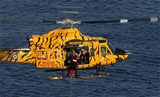 加拿大搜救直升机虎纹涂装亮眼