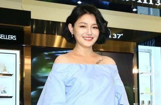 汪小菲为老婆儿女做什么了能让大S这样称赞?