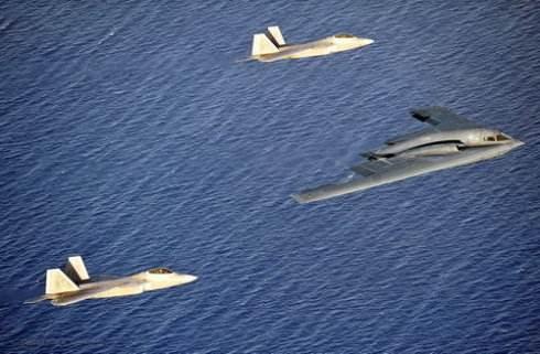 日媒称美军10架B2加24架F22就能解决朝核问题