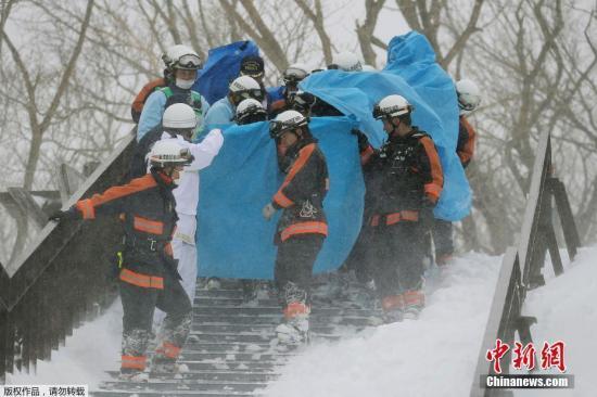 日雪崩已致高中生等8死40伤 气象厅曾发雪崩提醒