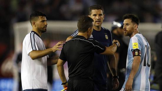曝梅西将被FIFA禁赛2-4场世预赛 辱骂边裁被录像