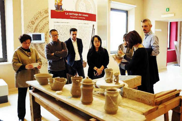 中意陶瓷工艺论坛在佛罗伦萨举办