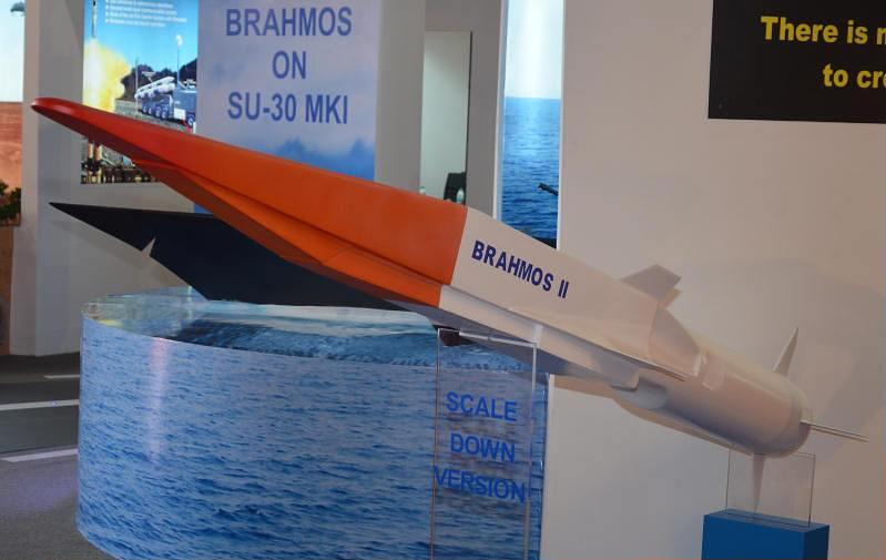 英媒惊呼俄锆石导弹太可怕:一发就能报废航母
