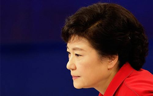 韩国法院今日开庭审理是否批捕朴槿惠 其将出庭