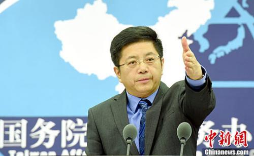 社评:审理李明哲案必须由大陆法律主导