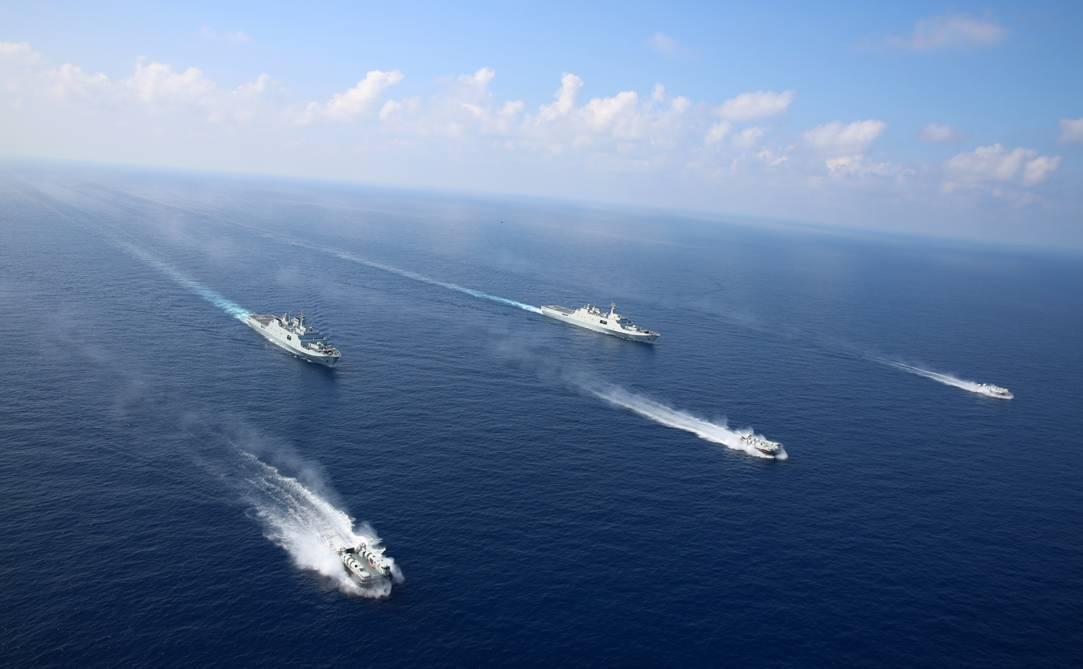 国产野马气垫登陆艇练夺岛 可提高我军两栖战力