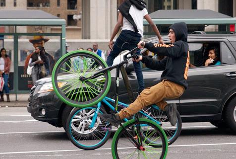 美费城亚文化 记录街头滑轮少年