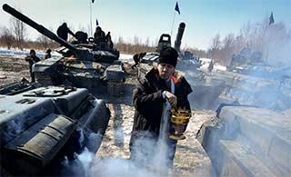 俄坦克演习牧师为装备开光