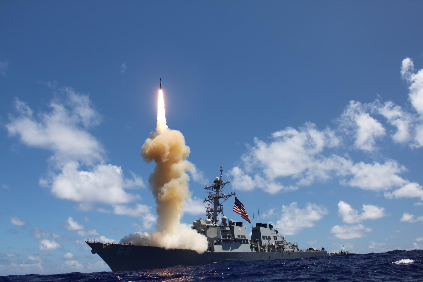 俄专家:美军反导不是万能的 俄能给它点颜色看