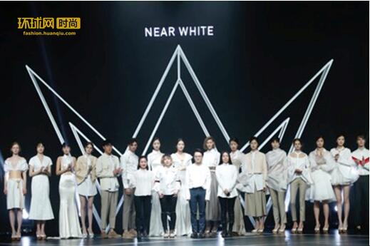 """NEAR WHITE""白衬衫初创一周年,再次亮相时装周"