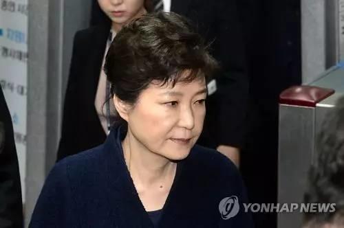 """朴槿惠下狱!囚禁这个女人,韩国就能练成""""民主神功""""?"""