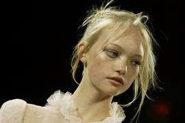 奥斯卡-德拉伦塔:10款令人难忘的美发造型