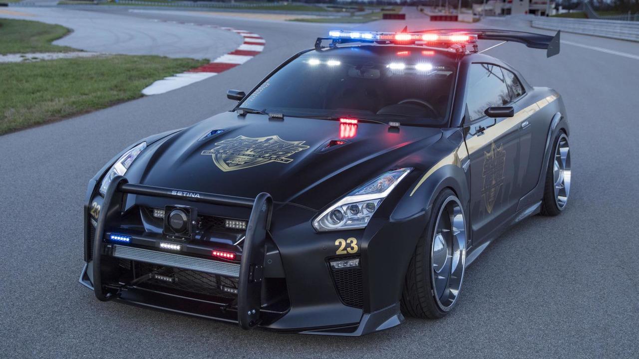 谁与争锋 日产GT-R改装警车将亮相纽约车展