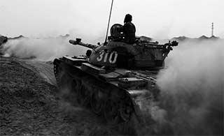 红蓝双方荒漠演练 59坦克还能战