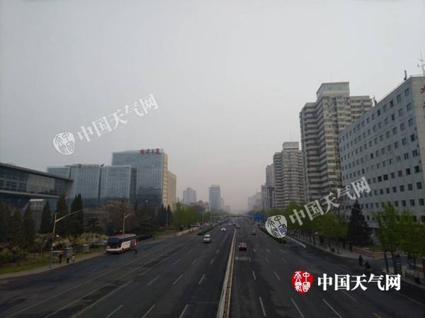 今明天北京空气污染将加重 周末好转以晴为主