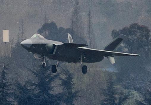 美智库盛赞歼20是亚洲最强:换国发后可媲美F22