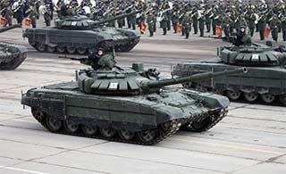 俄罗斯T72B3坦克为阅兵彩排