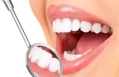 """警惕牙周炎,不仅伤牙,还会伤""""心""""!"""