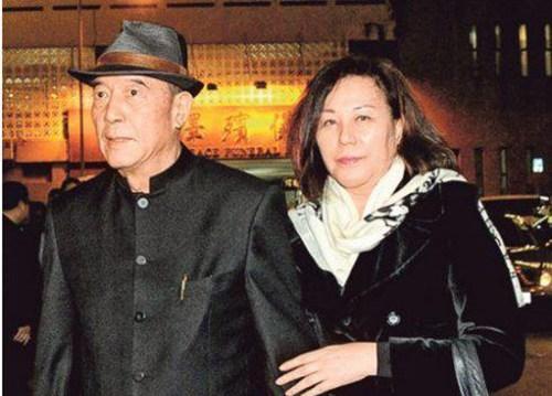 吴宇森,李安等人的老婆之身世背景揭秘