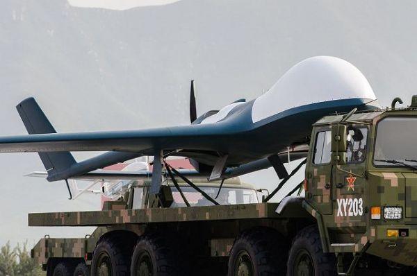 英媒:中国新无人机能挂300公斤导弹连飞40小时