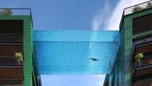 吓哭!全透明悬空泳池 隔着屏幕都腿软