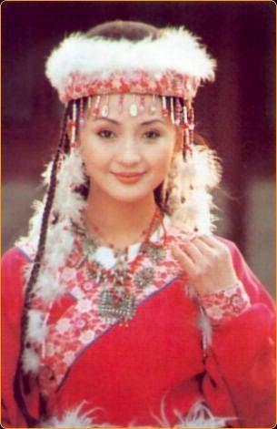 凭借《还珠格格》香妃一角走红的刘丹-扒一扒娱乐圈那些早逝的女明星