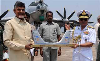 印度除役俄制反潜机为P8I腾地方