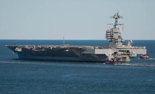 世界最强航母:美军福特号新型航母出海场面