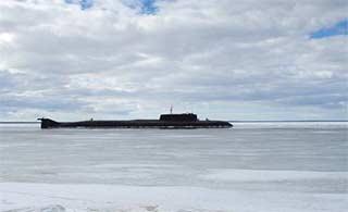 俄罗斯核潜艇完成整修返回锚地